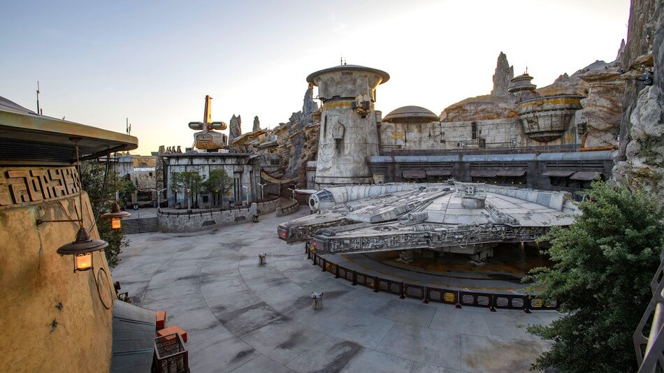 Disneyland's New Star Wars Park: Buy Tickets NOW to Make Your Summer Trip to CA Perfect!