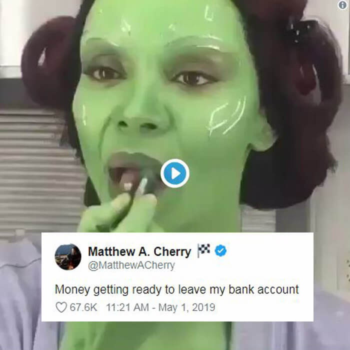 'Avengers: Endgame' Gamora Putting on Green Lipstick Is the Coolest Meme of This Week