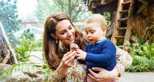 royal-family-middleton-garden-family-photo