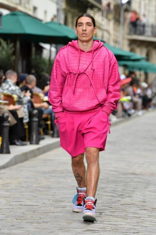 mens-fashion-week-looks-crazy-photo