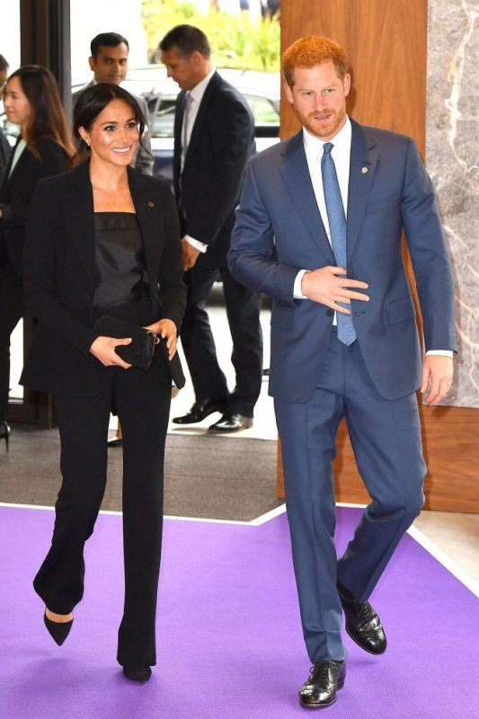 meghan-markle-broke-royal-protocol-photo