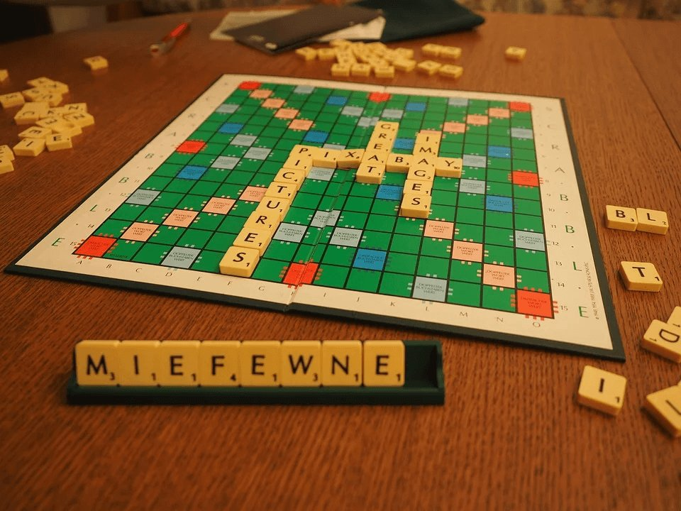 scrable-photo