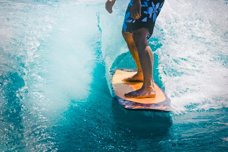 surfing-photo
