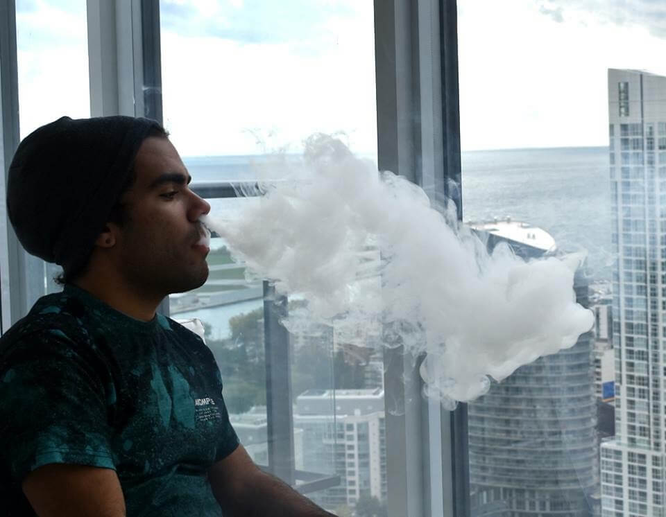 vaping-photo