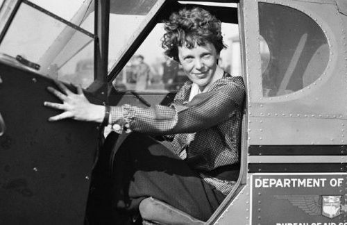 amelia-earhart-pilot-photo