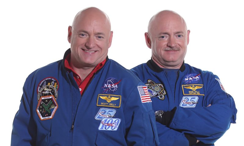 nasas-twin-astronauts-photo