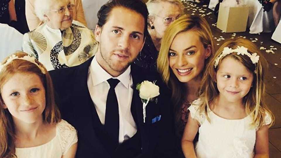 celebrities-secret-wedding-photo