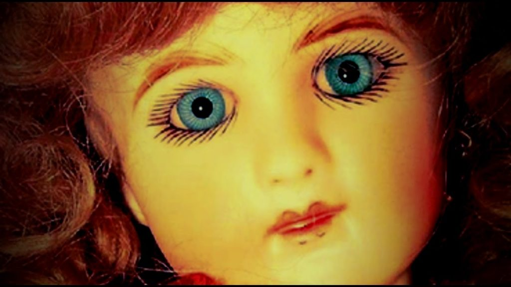 Creepiest-Dolls-in-The-World-photo