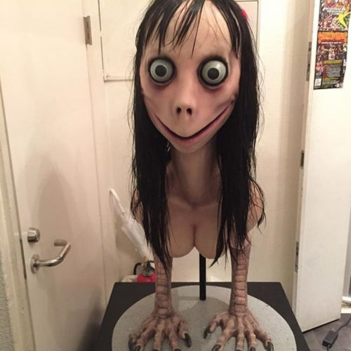 mom-challenge-doll-face-creepy-story-pics2