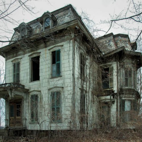 REAL-American-Haunted-Houses-photo