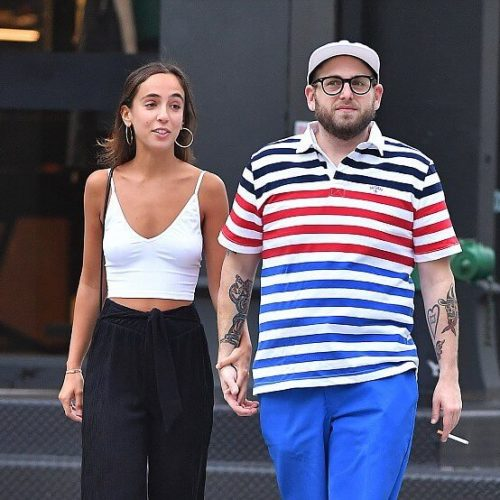 jonah-hill-gianna-engaged-photo