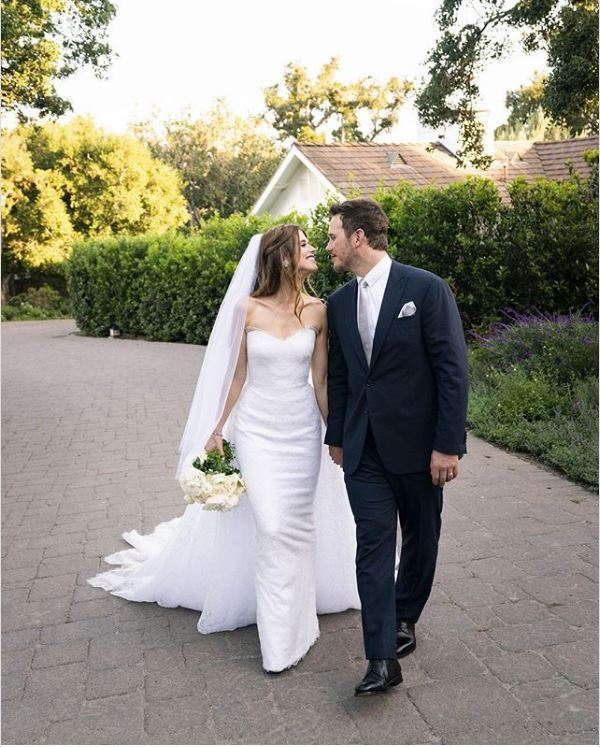 katherine-chris-pratt-wedding-photo