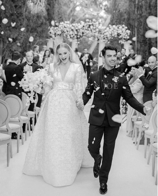 wedding-jonas-sophir-turner-france-photo